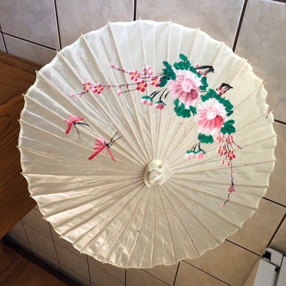 Vintage Hand-made Chinese Silk Parasol
